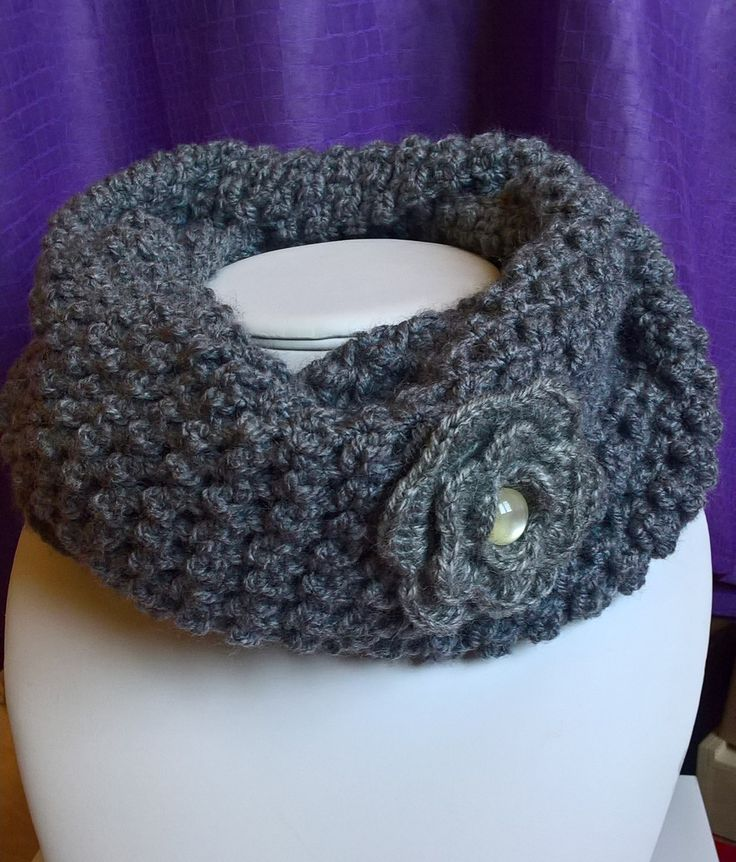 Snood ou tour de cou en laine version grise : Echarpe, foulard, cravate par kdo-rigolos