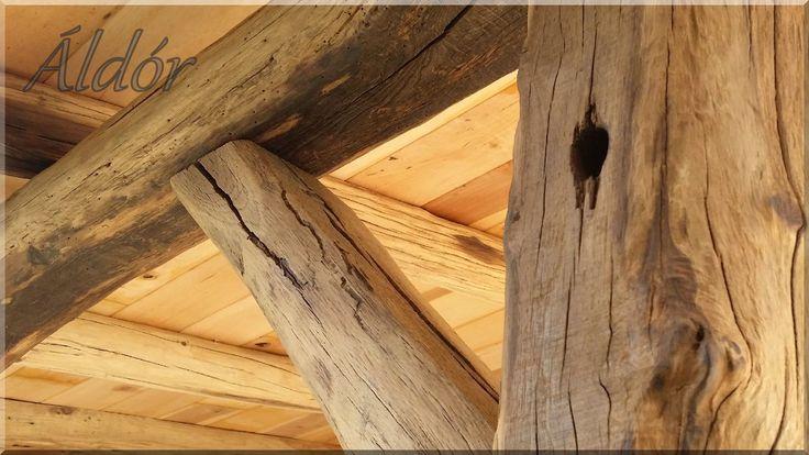 Pergola antik faanyagból, bontott tölgy gerendákból