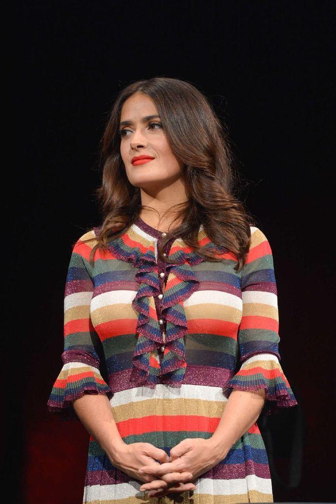 Salma Hayek – Prix Lumiere Ceremony during 7th Festival : Global Celebrtities (F) FunFunky.com