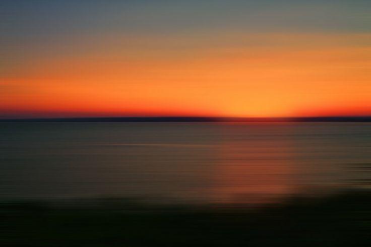 Sunset minimal by Szpisják Attila on 500px
