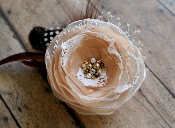 Vintage Style Bridal Hair Flower, Rustic Wedding Hair Accessory,Bridal Hairpiece with Feathers, Veil - Fall Wedding Flower Hair Clip