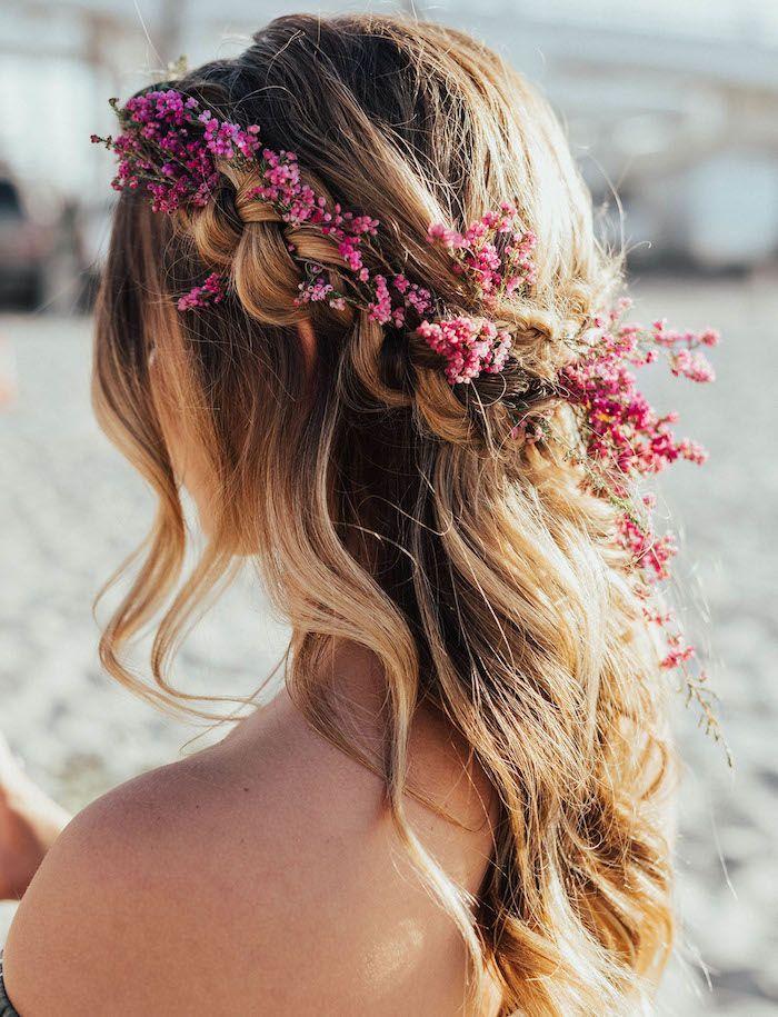 Frisuren für Junggesellenabschied, echte Blumen i…