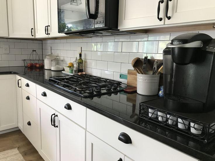 Black And White Subway Tiles Kitchen Designs (1
