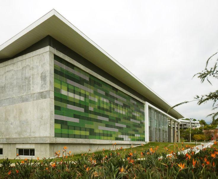 Edificio De Quimica E Ingenieria Quimica / Universidad Nacional de Colombia