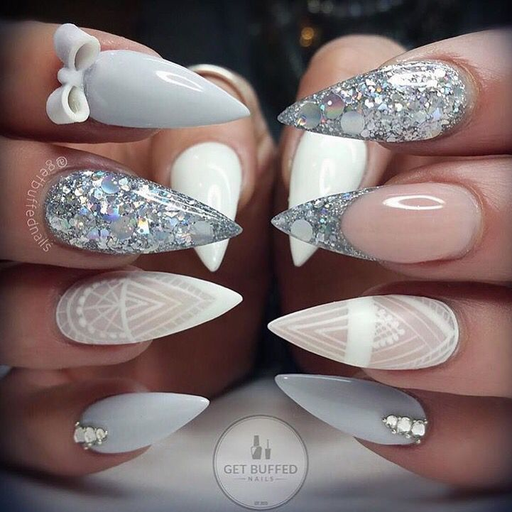 Love the ring fingers