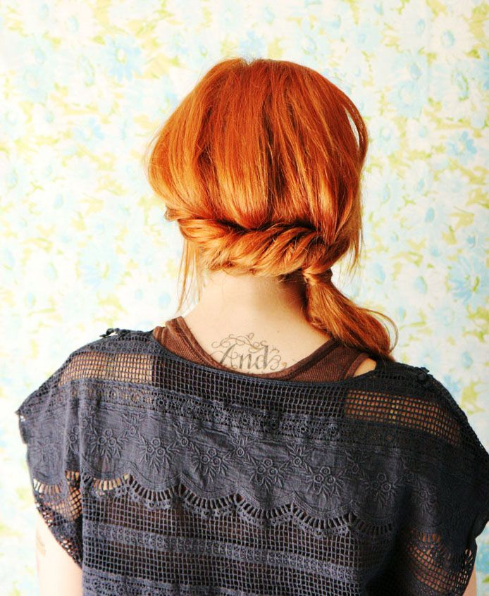 Twisted side pony tail front