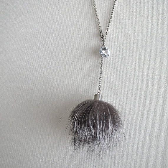 """Collier """"Grand Classique"""" GC-012-01 fourrure recyclée renard argenté / acier inoxydable  Like this necklace?  Use this secret 5$ discount at my Etsy shop!  Minimum purchase 60$.  Valid until 31/12/15   CODE: PINSECRET15"""
