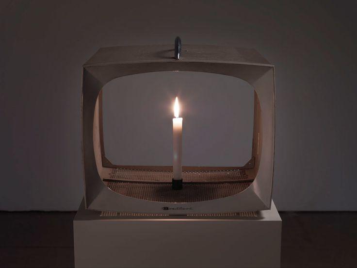 Nam-June-Paik-Candle-TV-1991-©-Nam-June-Paik-Estate-Courtesy-of-Gagosian-Gallery.jpg (900×675)