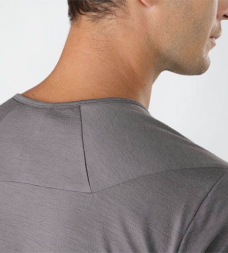 Frame Shirt SS Men's Breathable, crew neck, short sleeved T-shirt constructed with natural wool and cotton blend fibres that provide next-to...