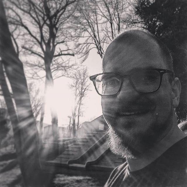 Sunshine Gerade Sind Wir Mit Den Kindern Aus Dem Abenteuerland Auf Dem Spielplatz Und Geniessen Das Wetter Traumhaft Instagram Birr Rectangle Glass
