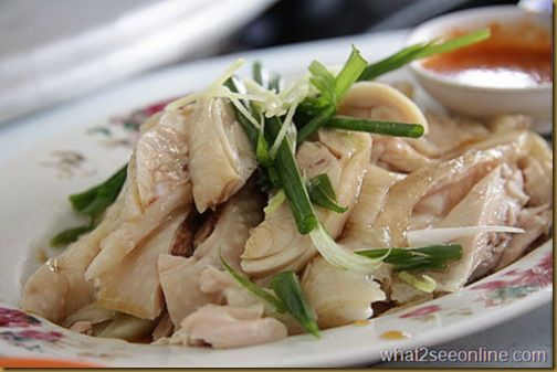 What makes a good Hainanese Chicken? It must be 'kut' (slippery juicy tenderness) and 'phang' (nice fragrant chicken brothy essence of garlic and spring onion and coriander) and this flavour then gets accentuated by the ginger, chilli, garlic and dark soy condiment that you choose to bathe it in. If rice is taken the steamed rice steeped in chicken broth must have the chicken oil aroma and fried onion (giving a tint of burnt or smoky characteristic at the back of the palate). The rice must…