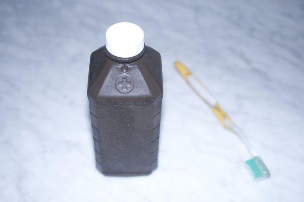 hydrogen-peroxide-teeth-whitening
