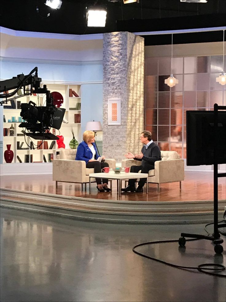 "We spent this week with Lee Strobel on 100 Huntley Street promoting his movie ""Case For Christ"" based on his book of the same name. The movie hits Canadian theatres April 7th!"