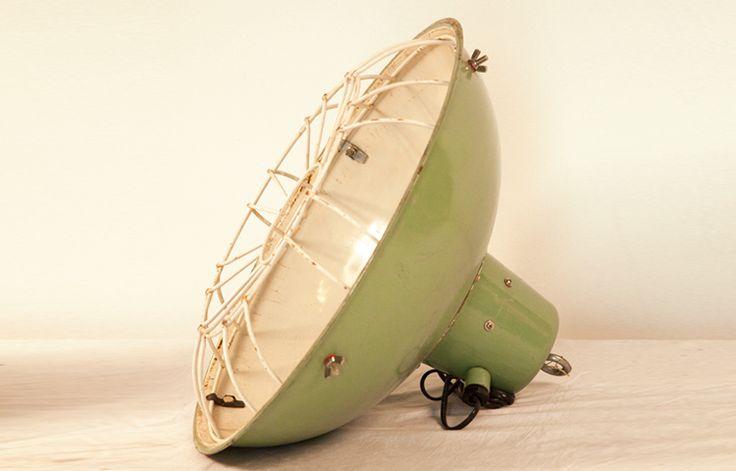 Lámpara techo Marine Cargo Light. Iluminación Vintage. 500W. Disponible 2 unidades