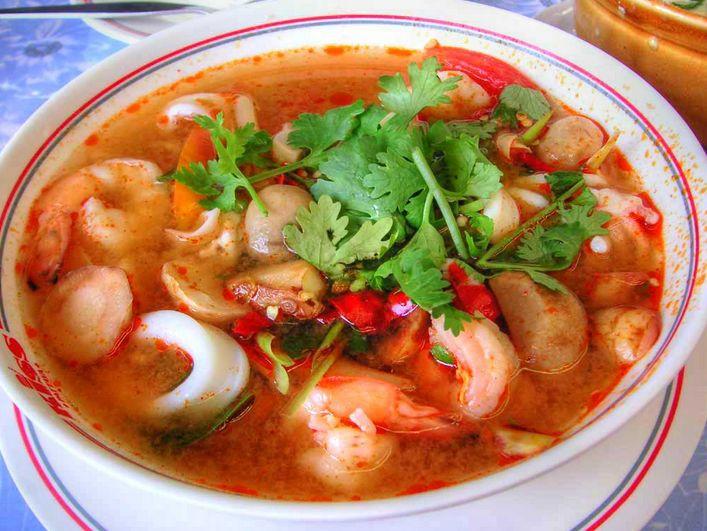 Tom Yam Goong (Thailand Tom Yam Soup)