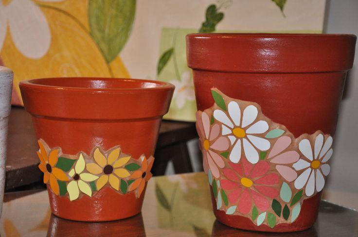Vasos de cerâmica. Mais