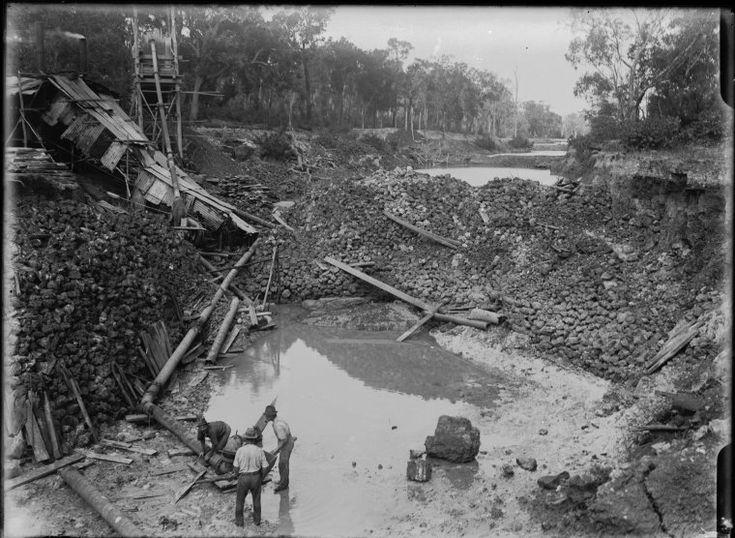 008609PD: Tin sluicing, Greenbushes, 1922 http://encore.slwa.wa.gov.au/iii/encore/record/C__Rb2090927?lang=eng