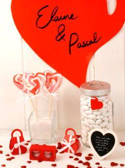 Candy Bar für die Hochzeit - Rote Deko für die Candy Bar: Süße Gastgeschenke, Hochzeitsmandeln und Lollis
