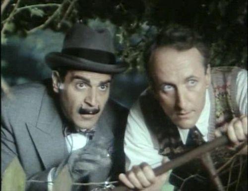 Hercule Poirot (David Suchet) and Captain Hastings (Hugh Fraser)