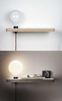 Une étagère d'une belle ampoule éclairée pour cette table de chevet à la fois minimaliste et urbaine