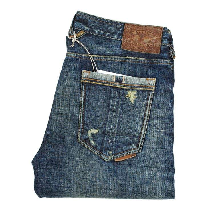 Japanese Denim:  Natural Selection Finest fabric Cotton grown organically in Africa Finished by hand The design of the straight leg denim was obtained from the Kurabo mills located in the city of Okayama in Japan.   #selvedge #japan #denim