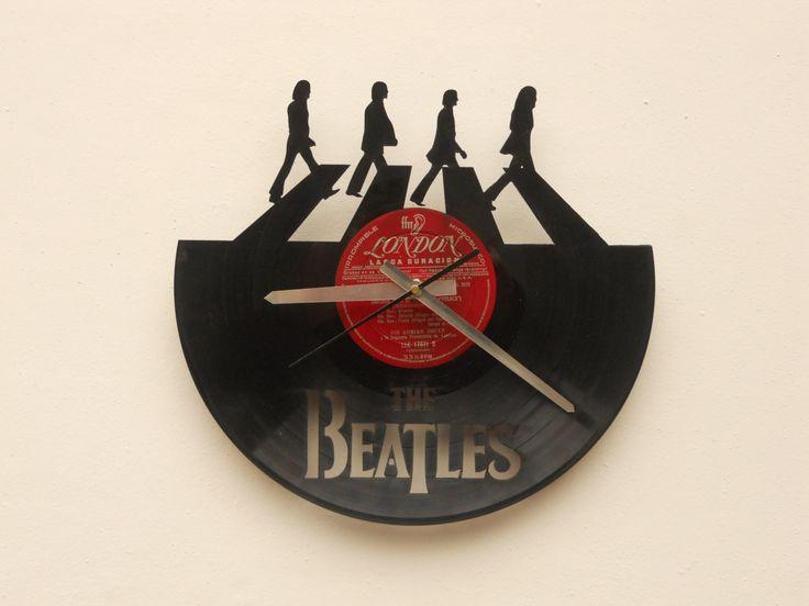 17 best images about decorar con acetatos on pinterest - Relojes de vinilo ...