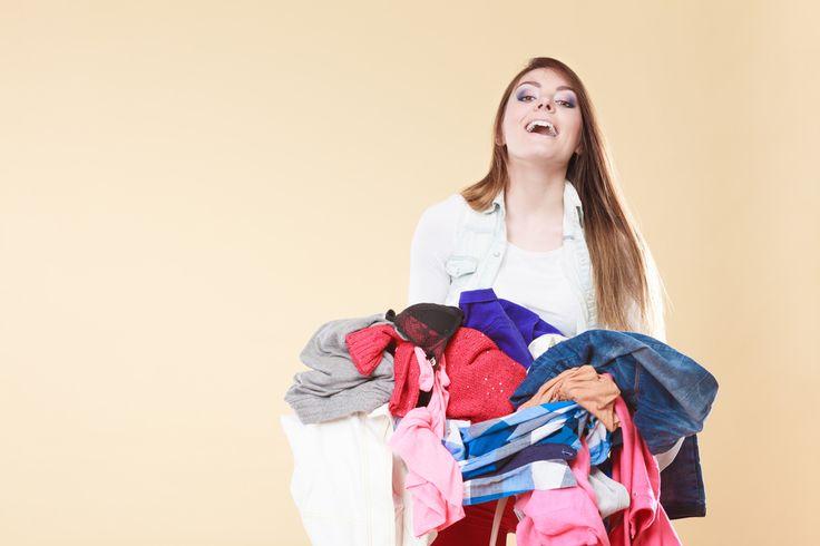 Voor mijn eigen ouders niet meer, maar als er onverwachts visite komt of mijn schoonouders probeer ik de avond ervoor, of zodra ik het weet toch even snel op te ruimen. Zelfs als je het probeert bij te houden moet je keuzes maken.  Wat is jouw ultieme tip voor een speedy schoonmaak? https://www.mamaliefde.nl/blog/snelle-opruim-schoonmaak-tips-visite/