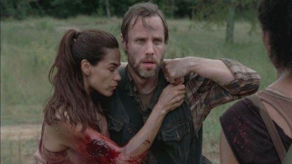 Una fan de The Walking Dead; está presa por acechar a un actor de la serie!