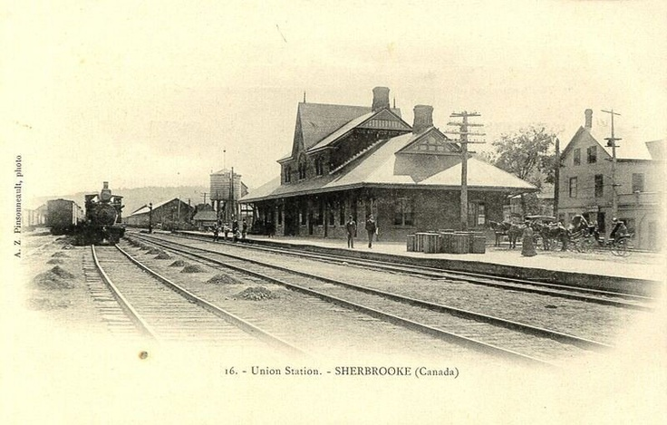 Sherbrooke Union Station Changed a lot, today the big house behind the station is a 4 floors parking!