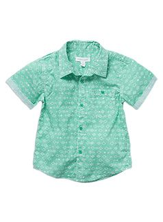 #DearPumpkinPatch Cool green button down shirt, perfect for a christmas gathering in Summer and yet very cute + formal