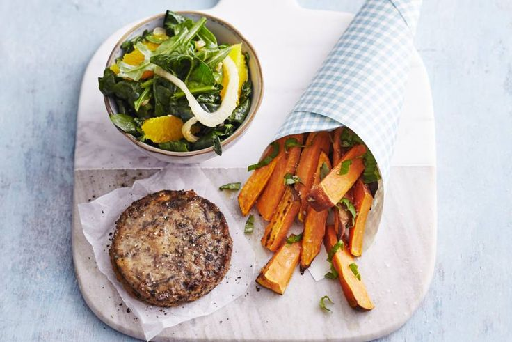 Kijk wat een lekker recept ik heb gevonden op Allerhande! Groenteburger met spinazie en zoete-aardappelfrites