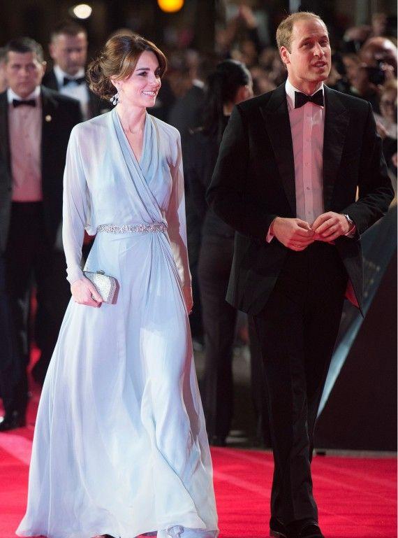 The Duchess dazzles at Bond premiere. #DuchessofCambridge #DukeofCambridge #RedCarpet