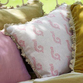 Shalini Linen Cushion - Red