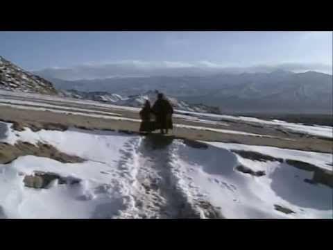 A tibeti halottaskönyv - I. A halál  mint életmód, II. Végtelen szabadság
