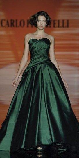 Abito da sposa verde Carlo Pignatelli
