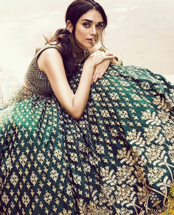 Outfit: Anita Dongre