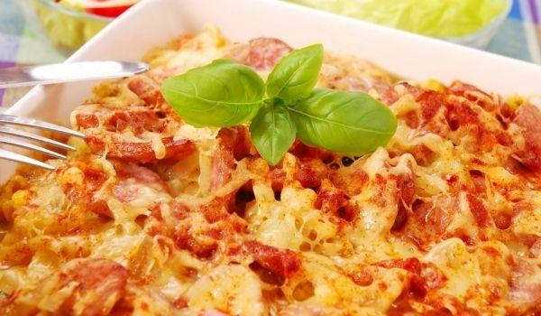 Картофена #запеканка със #салам http://recepti.gotvach.bg/r-31649