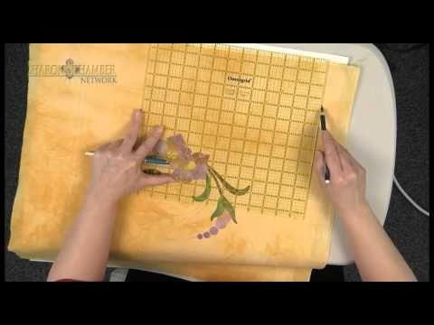 Sharon Schamber (genius quilter) marking your quilt.