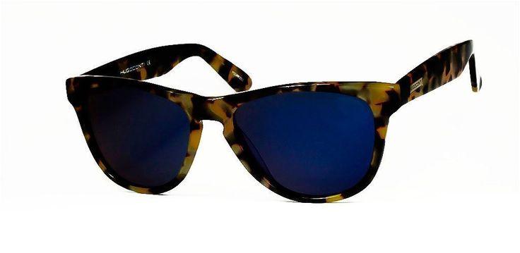 Gafas de Sol #HUGO CONTI  6084/HAVANA/AZUL  Una línea que no pasa de moda, las #Hugo Conti 6084 tienen un diseño atemporal. Combina una montura en Habana con tonos marrón y crema y unas lentes polarizadas en azul, ¡para ir siempre a la última!