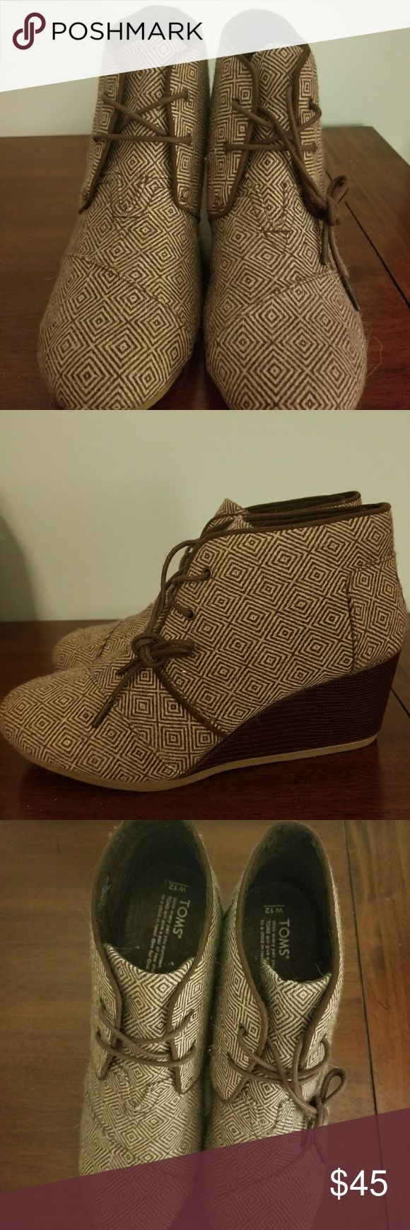"""Toms desert wedge booties, new never been worn DETAILS  Brown and cream diamond print. Womens size 12. NWOT.  The simplest way to add a dash of chic to your everyday   Laces with metal tips Antimicrobial sock liner Heel height: approximately 2 ?"""" TOMS Shoes Wedges"""