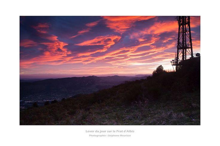 Lever du jour sur le Prat d'Albis et Foix