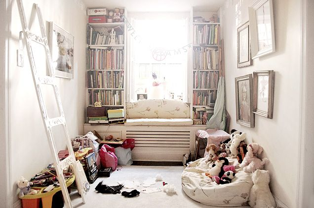 reading nook: Plays Rooms, Kids Spaces, Book Nooks, Child Rooms, Reading Nooks, Playrooms, Window Seats, Kids Rooms, Kids Reading