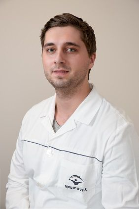 Dr. Ádám Bodnár Chirurgien dentiste