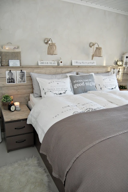 Slaapkamer ingericht in natuurlijke tinten....