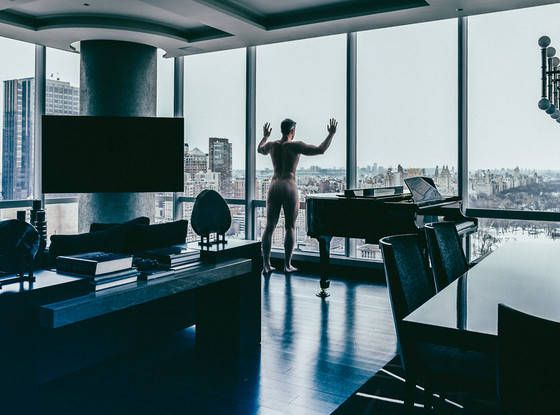 star realtor ryan serhant get in the buff at one57