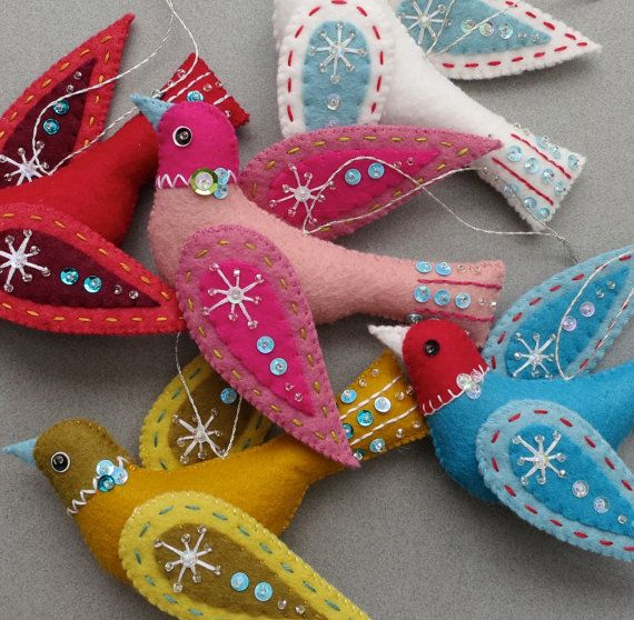 Snow Bird PDF pattern a hand sewn wool felt ornament