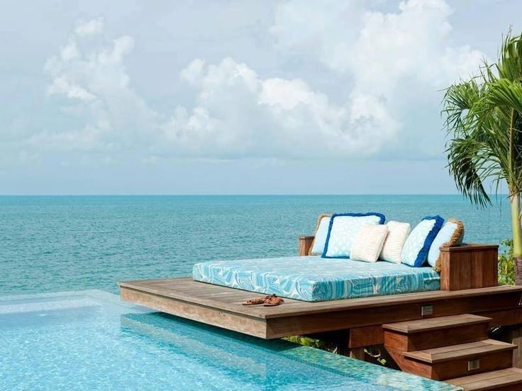 A perfect place to have a rest... loveeee the combination of the bed and the pool! <3 <3 <3