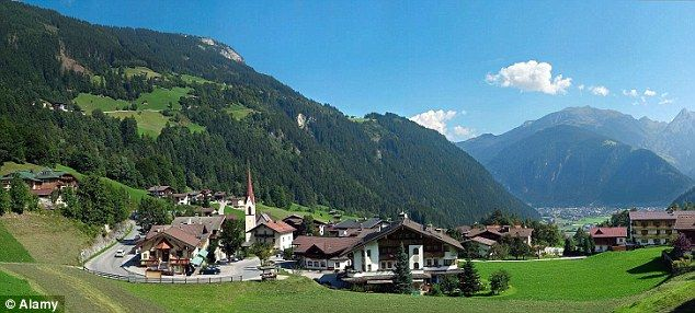 Mayrhofen is not just for winter: On foot and on the up - a walking trip in summer Austria