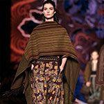 Jassen en mantels met goudversieringen - Modetrends herfst winter 2014 - Trendystyle, de trendy vrouwensite