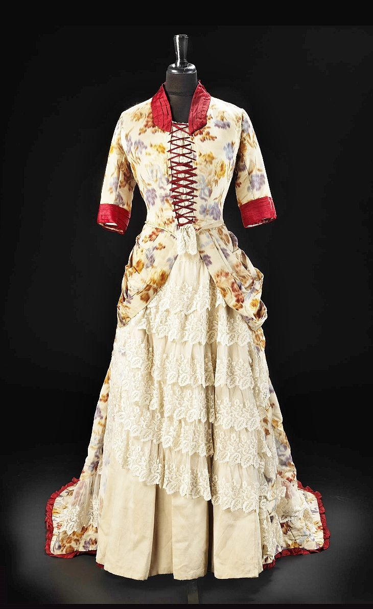 38 best Victorian Fashion images on Pinterest | Vintage gowns ...